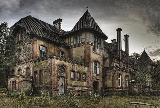 Berlijn 3x verlaten gebouwen for Casa home belgique