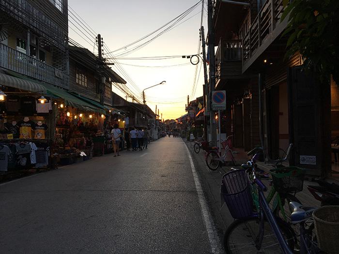 Loei Thailand: avondmarkt Chiang Khan