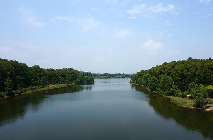 Verlaten waterpark Hue Vietnam