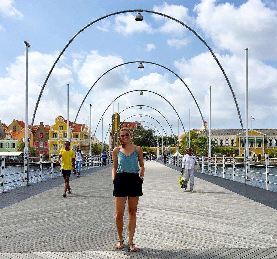 Wat te doen op Curacao: Pontjesbrug