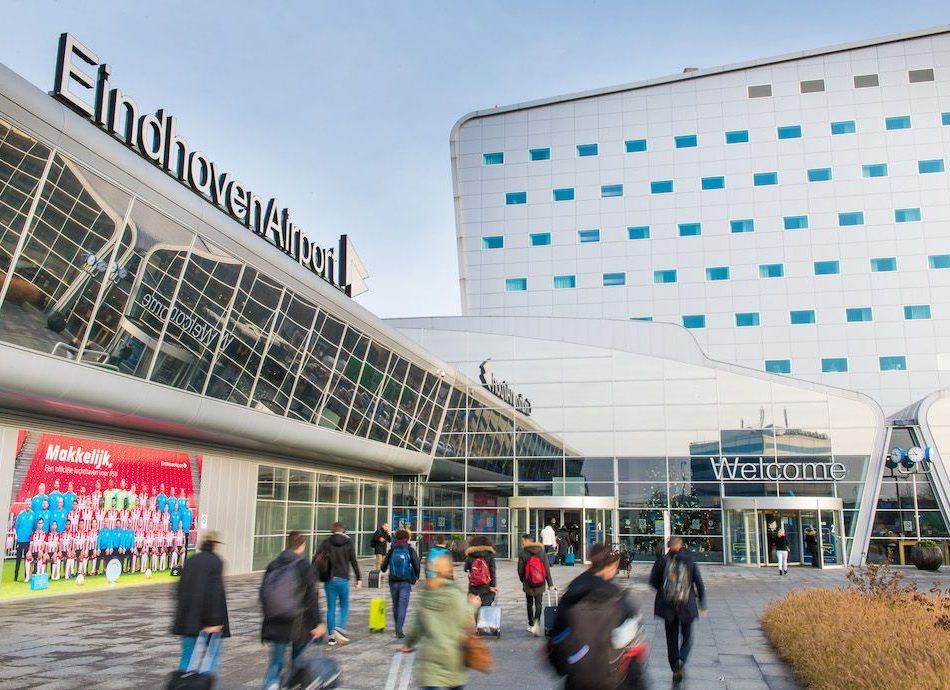 Goedkoop parkeren Eindhoven Airport
