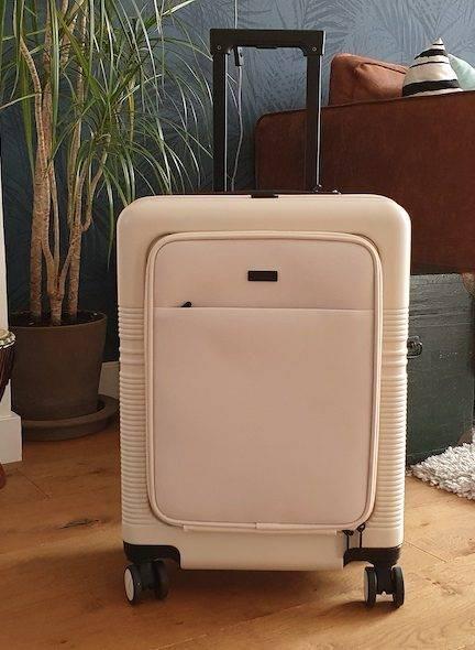 Review: NORTVI Front Pocket handbagage koffer
